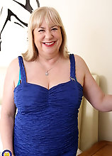 British Big Breasted Mature Bbw Playing Alone